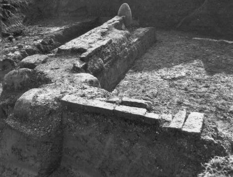 Fundamenten oude kerk Groot-Wetsinge