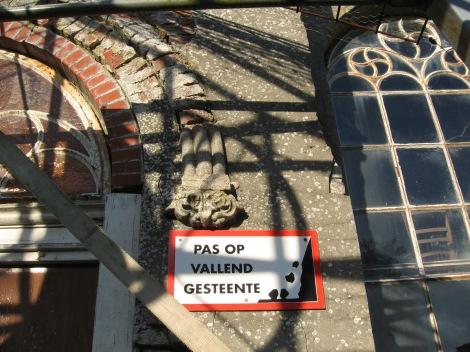 deplorabele staat kerkje Garsthuizen