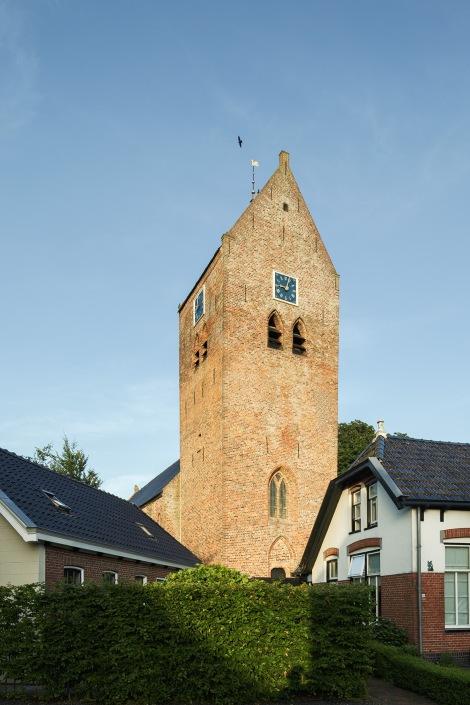 OLDEHOVE / 9-7-2013 / De Liudgerkerk is overgegaan naar de stichting Oude Groninger Kerken, Exterieur / Foto: Omke Oudeman
