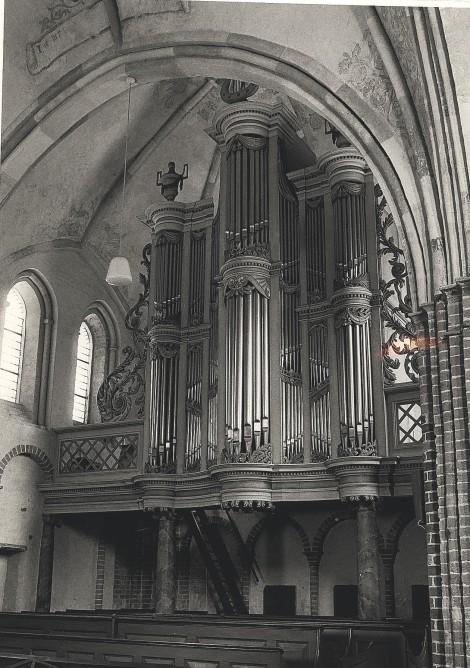Orgel in de jaren '90 / foto: R.J. Valstar