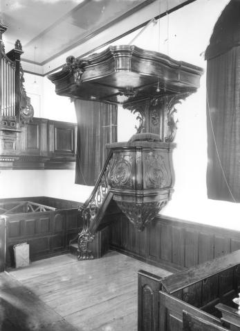 Interieur, 1935